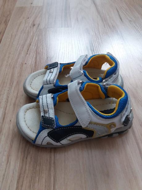 b83af61e6f01 https   www.modrykonik.sk market detska-obuv m0bn41 sandalky ...