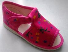 Akcia -sandálk. papučky - 3 typy zapínania č.27-33, s´botex,27 - 33