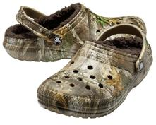 Šľapky crocs clog classic lined realtree edge, crocs,37 - 49