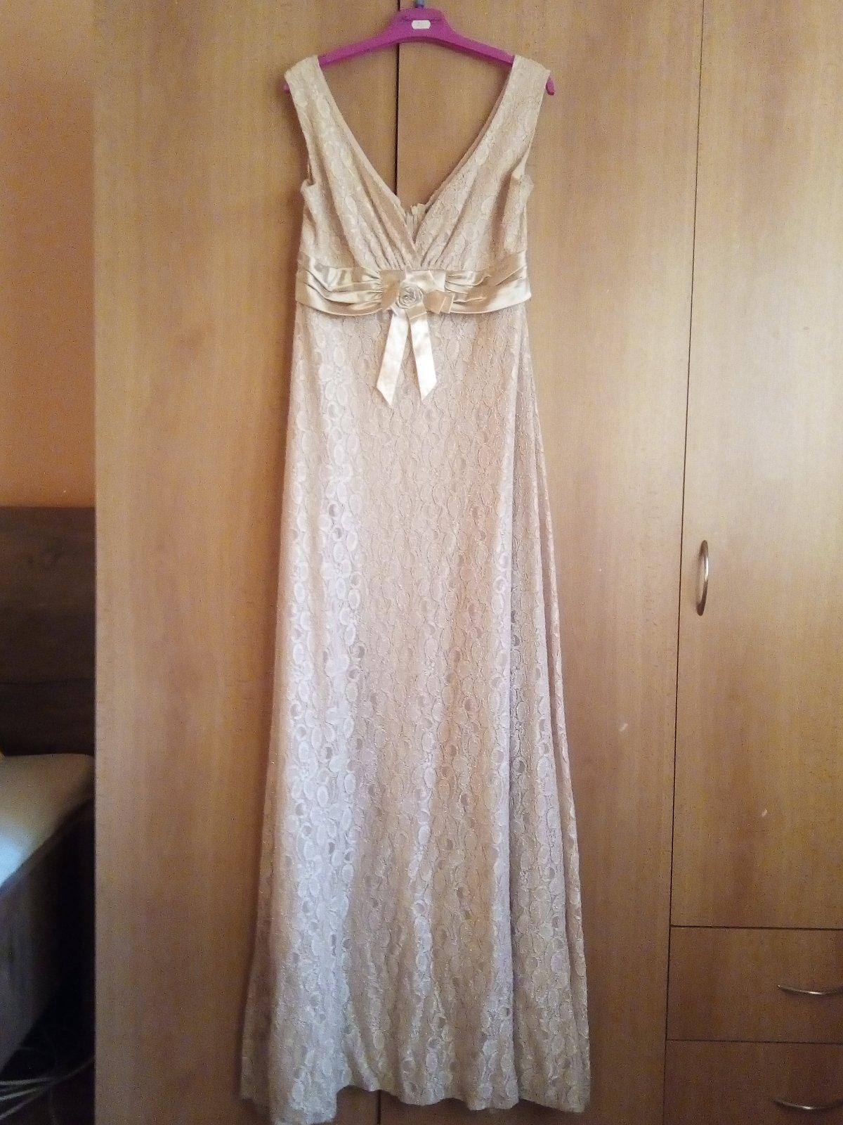3f6db982ddeb Predám spločenské šaty