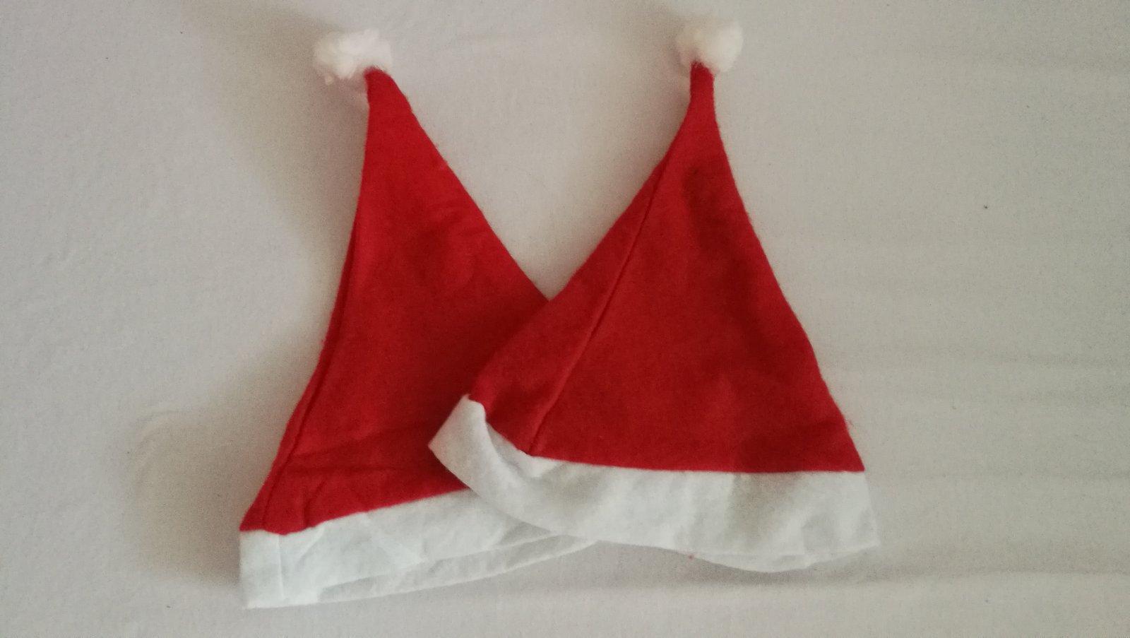 38c76c560 Vianočné čiapky, 98 - 0,50 € od predávajúcej hippovka   Detský bazár    ModryKonik.sk