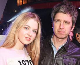 Noel Gallagher ( Oasis )  - Anais ( * 2000 )
