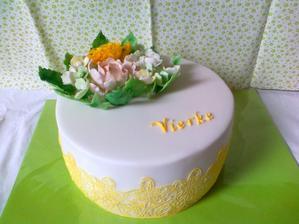 narodeninova s jedlou krajkou a kvetmi