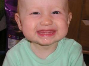 moje prvé zuby