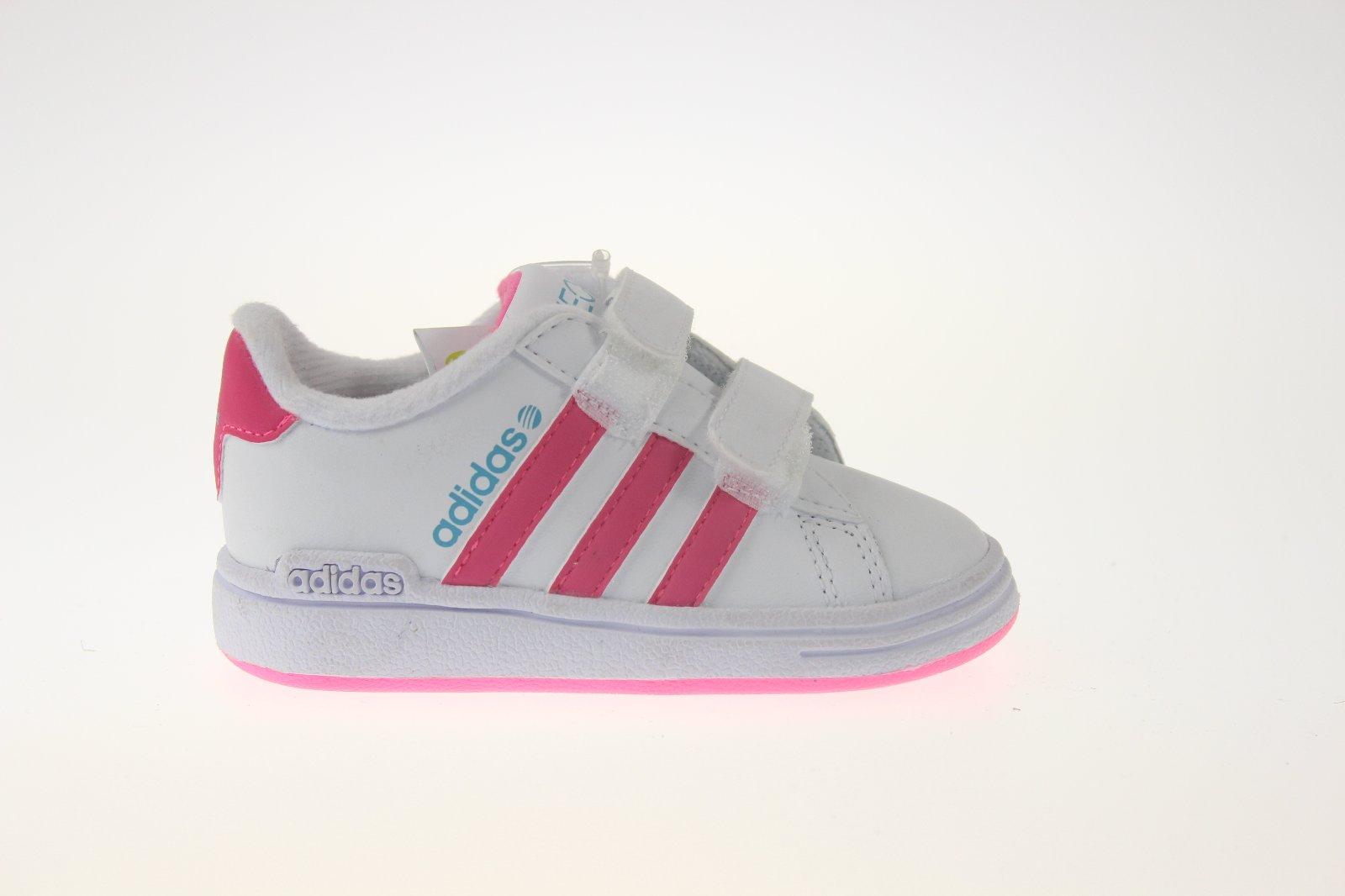 954a5332e Dievčenské tenisky adidas 11122, adidas,21 - 26,36 € od predávajúcej  susana09 | Detský bazár | ModryKonik.sk