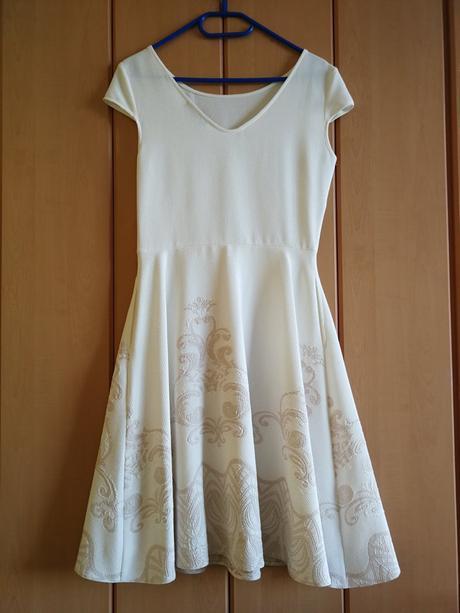 4878c29250ce Dámske šaty