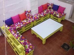 http://www.101palletideas.com/diy-pallet-sofa-ideas/7/