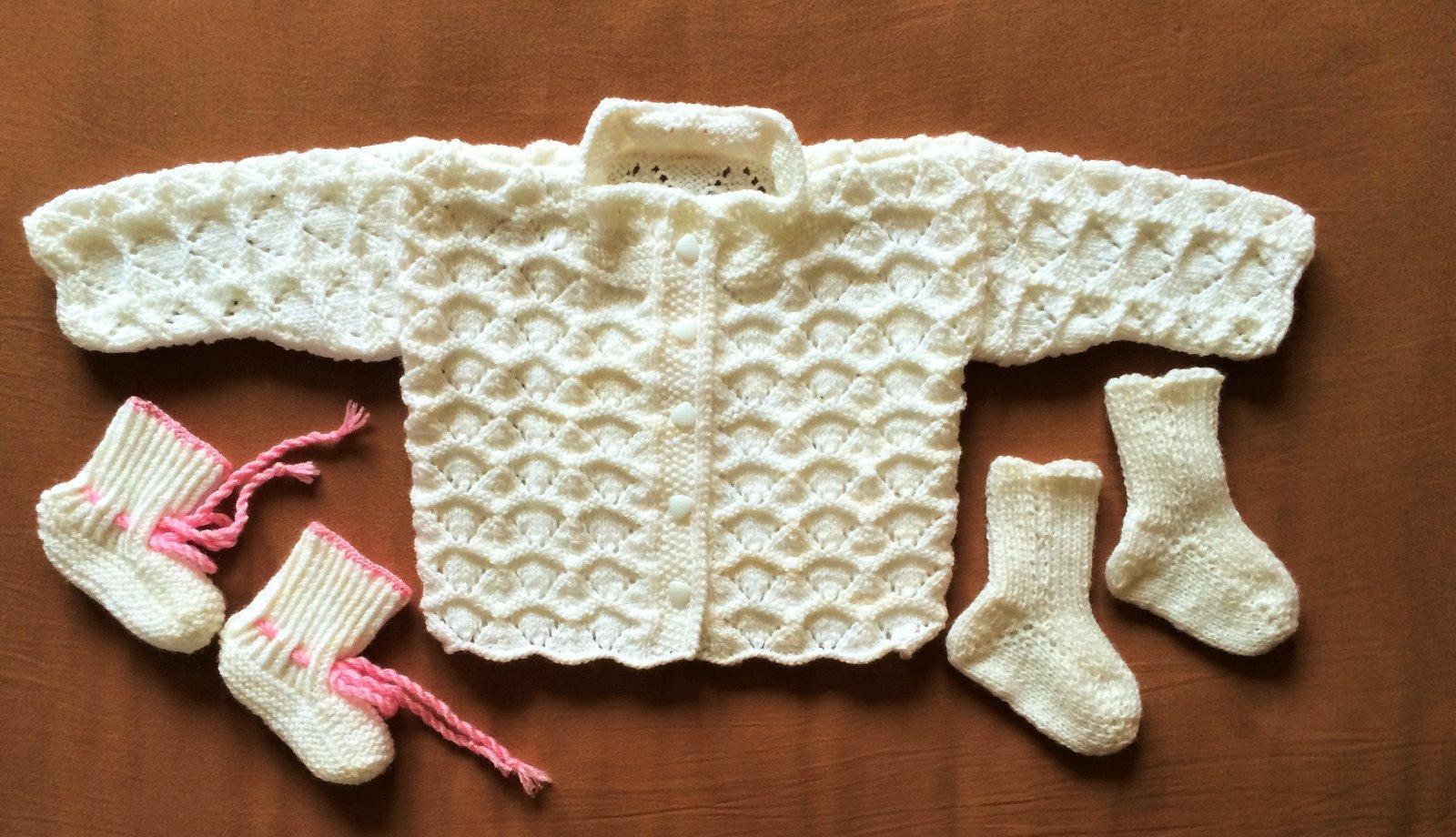 651f5c882 Pletený svetrík pre novorodenca - nenosený, 62 - 3,50 € od predávajúcej  lentilka77 | Detský bazár | ModryKonik.sk