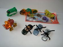 Hračky z kinder (cena spolu),