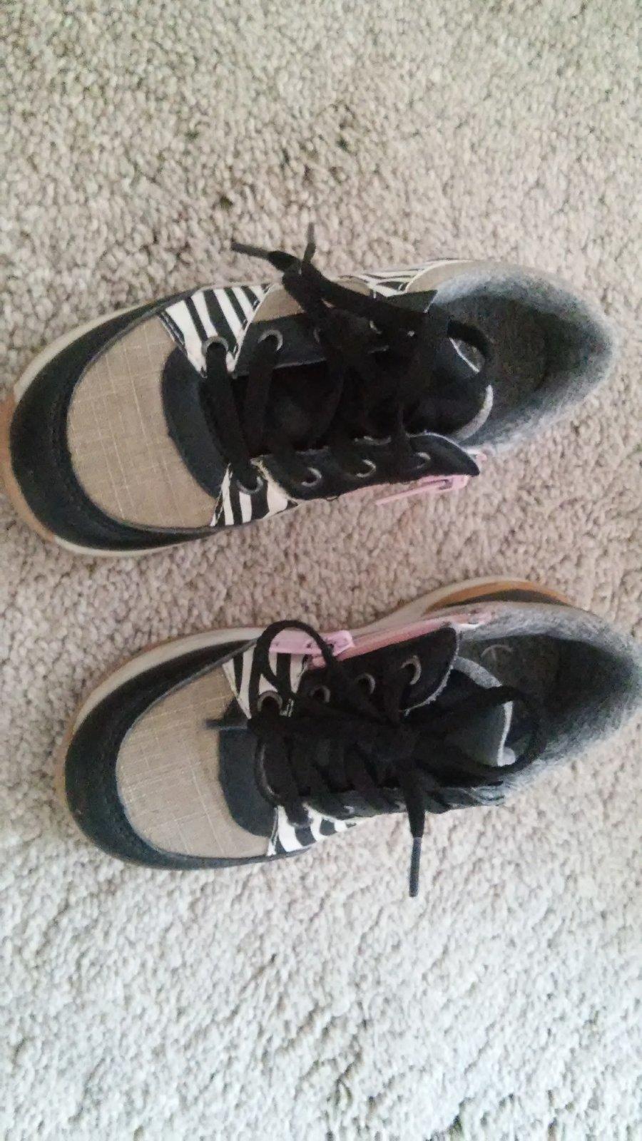 Prechodne topanky  botasky 7d82c0089f6