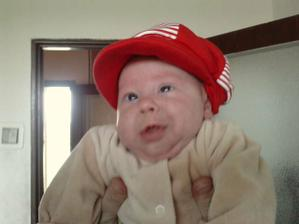 nová čiapka a cool smailík