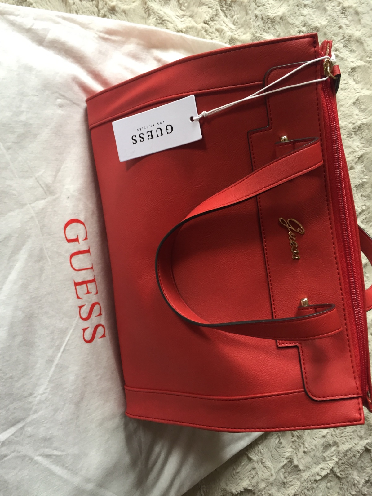 Guess kabelka original -nová a8353f64829
