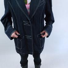 Kabáty a saká - Detský bazár  f198cdb8d5f