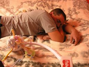 zazracny kolotoc - mangel pri nom do minuty zaspal a to nebol ani zapnuty :)))