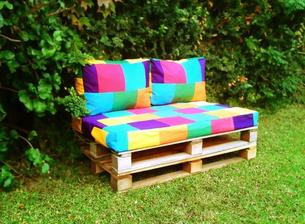 http://www.feriacentral.com.ar/item/almohadones-base-2-respaldo-para-sillon-de-pallets-24438