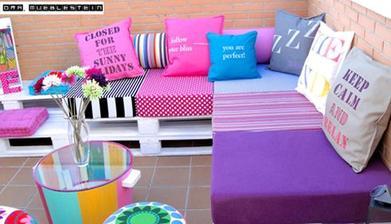 http://19bis.com/objectbis/2014/05/26/objetos-con-2a-vida/muebles-de-pallets-reciclados-para-decorar-terrazas-jardines/