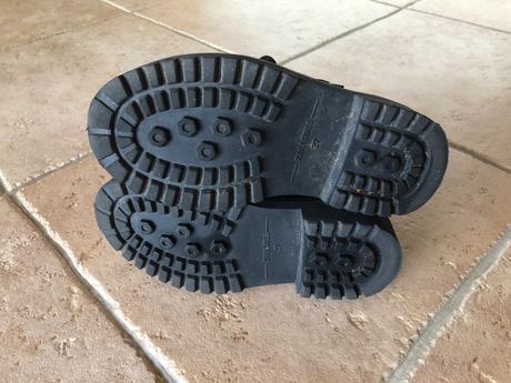 6d3448f834bea Členkové topánky minnie, zara,27 - 15 € od predávajúcej jarunka75 ...