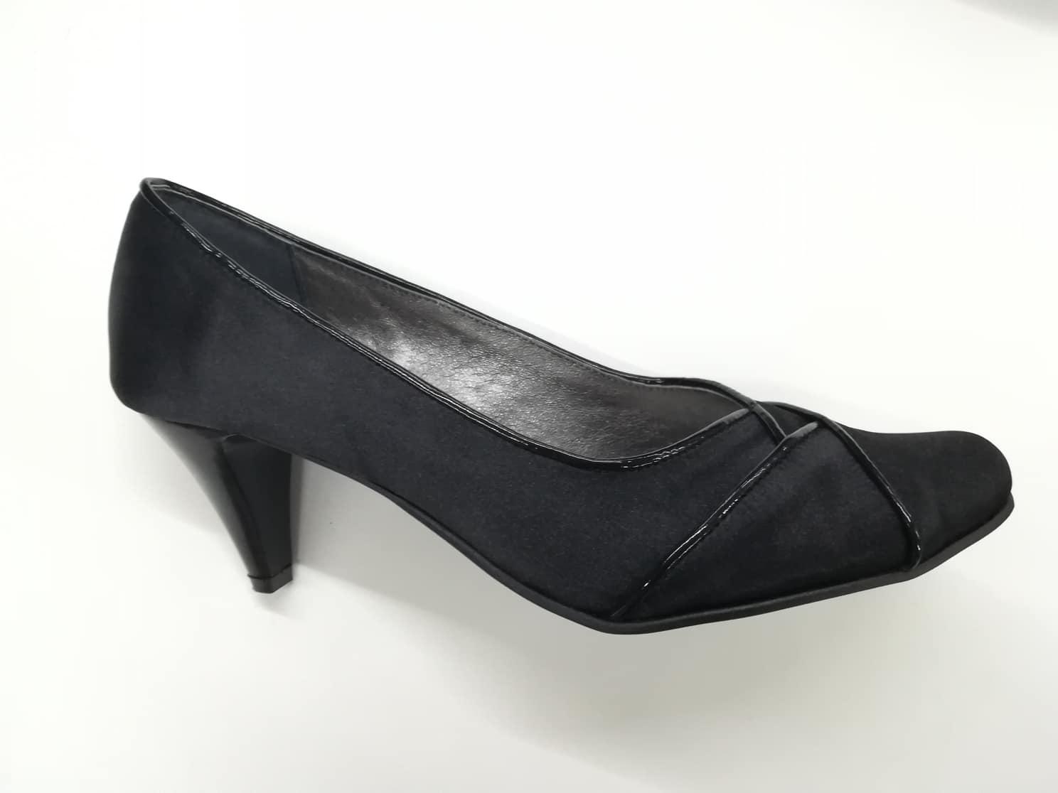 6a857e446f Dámske spoločenské topánky 5619-607 z