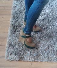 Klinové topánky, 40