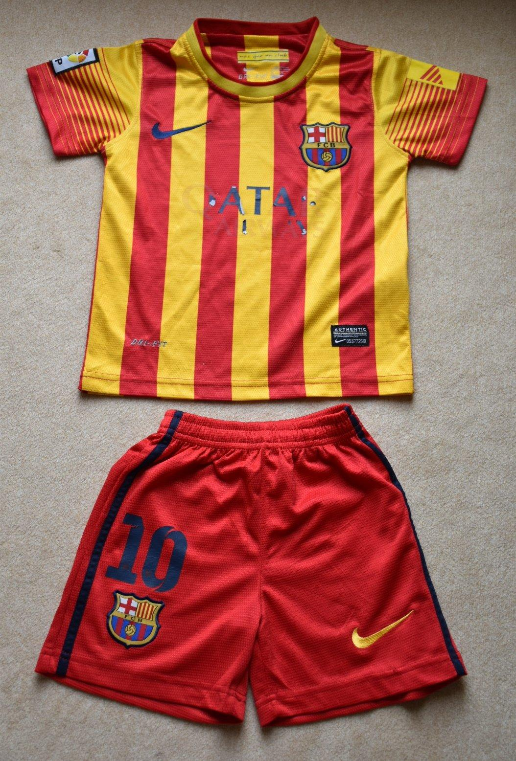 e0aaaecd00c31 Futbalový dres fc barcelona, nike,104 - 12,90 € od predávajúcej lienooocka    Detský bazár   ModryKonik.sk