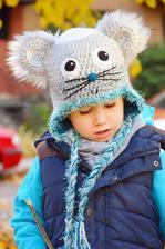 zimná čiapka podšitá jemnučkou kožušinkou.
