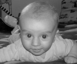 uz mam 5 mesiacov a som silny ako moj ocinko...