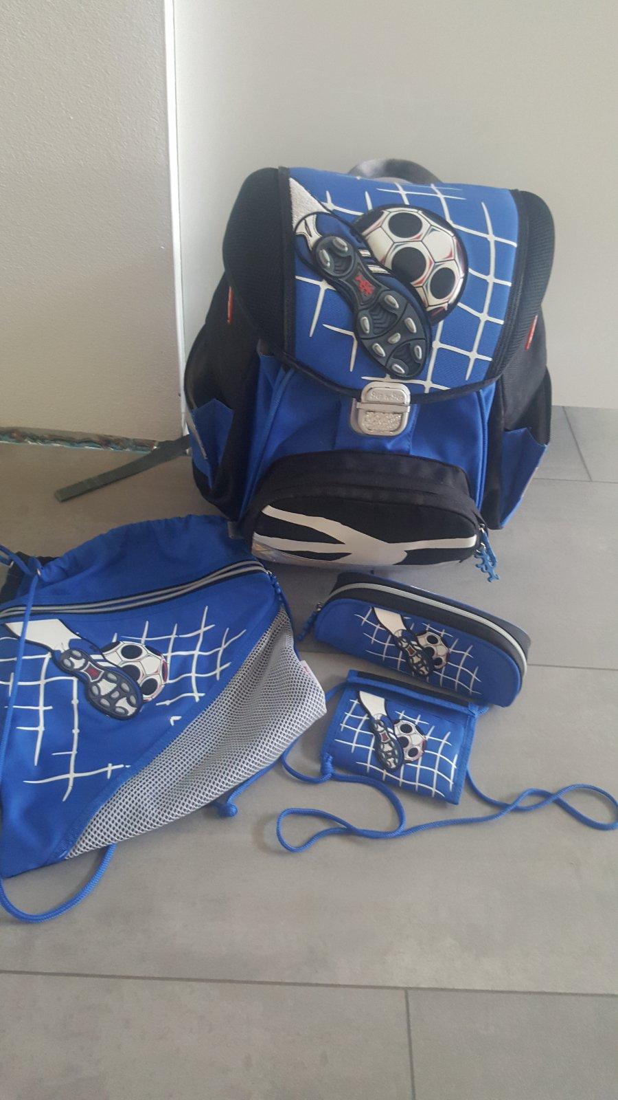 094d1631d7 Školská taška step by step zn. hama