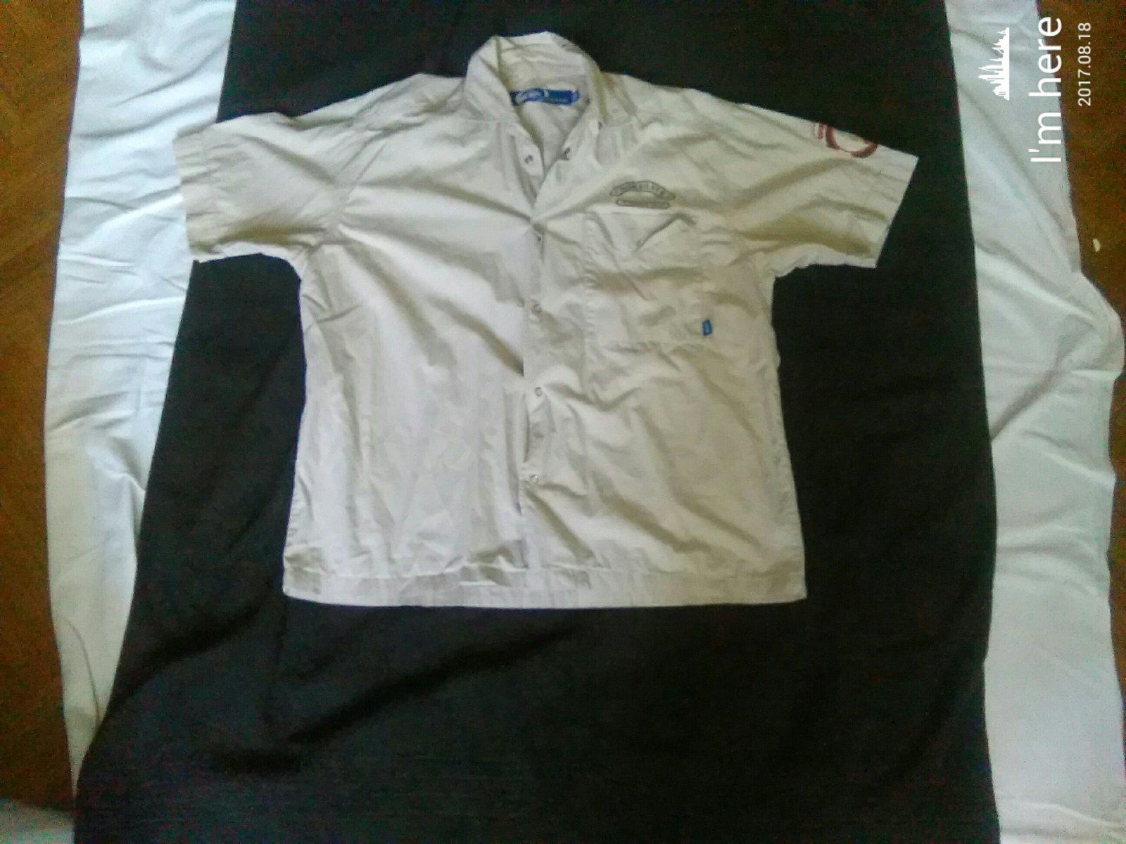 ceb854992c00 Výpredaj na rifle 5 ks za 2€ Zľava 50% na oblečenie a knihy 30% ďakujem. Pánska  košeľa quiksilver ...