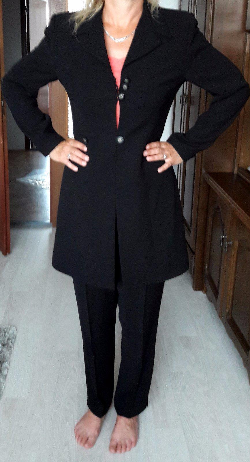 8c638077ff40 Čierny nohavicový kostým