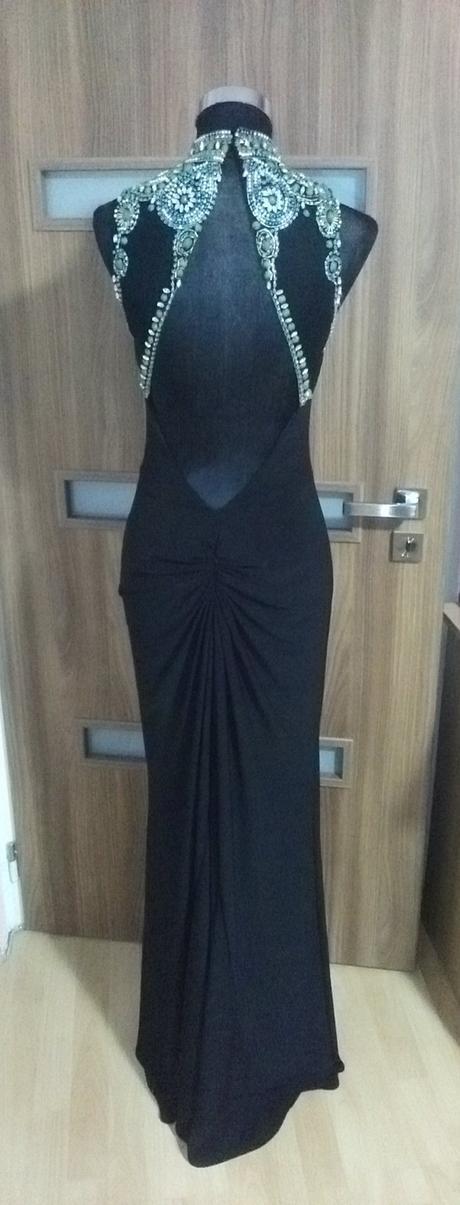 Luxusné spoločenské šaty 36a96c14c16