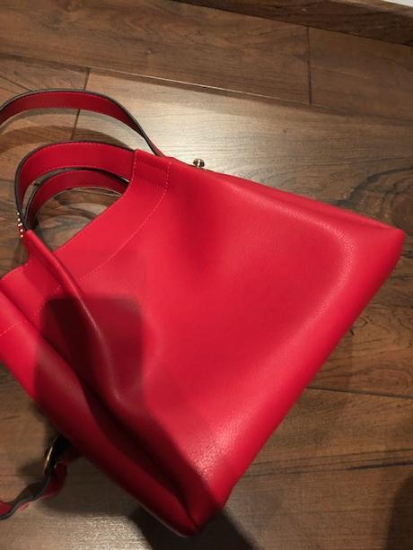 5374f62c8a Dámska červená kabelka zara