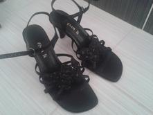 Krasne sandale, 37