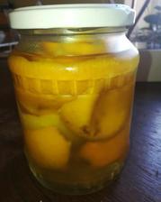 Supky z citrusov,ocot a voda .parada dva tyzdne v chladnicke a sup sa umyvat byt 😍