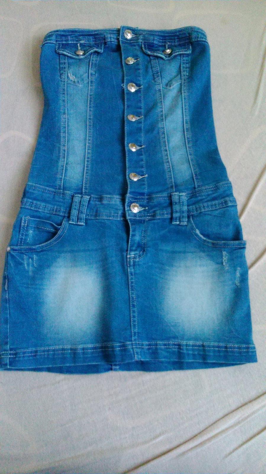 11349d61b851 Riflové krátke priliehavé šaty veľkosť s