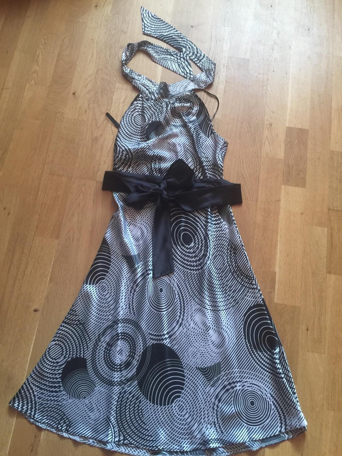 Čierno- biele šaty s viazaním okolo krku veľ. s 4210f8344db