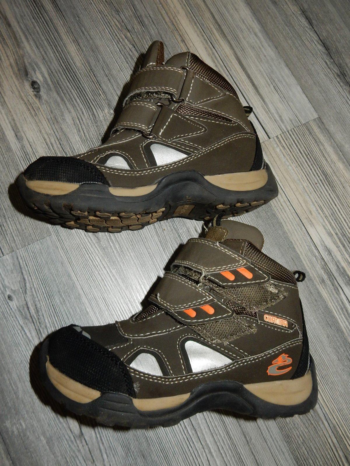 5d4cd7057df1 Kotníkové topánky zateplené cortina