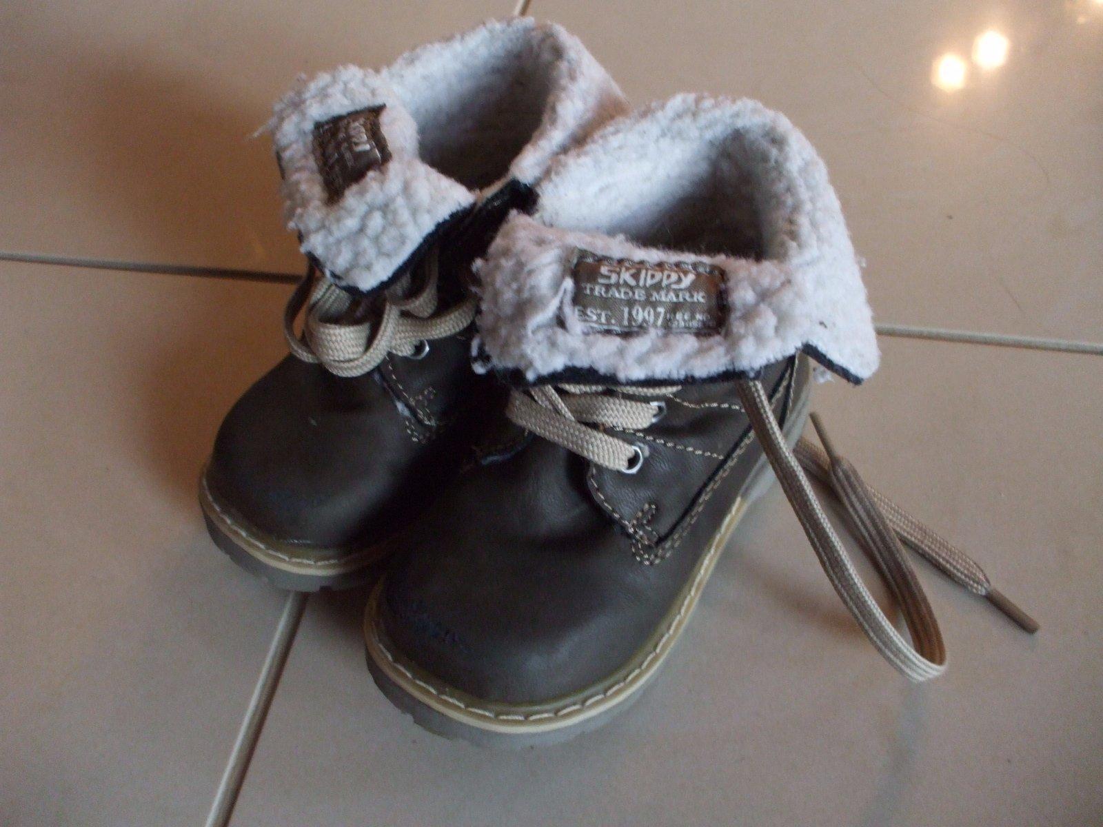 1aab7631d8 Kotníkové topánky s kožušinkou