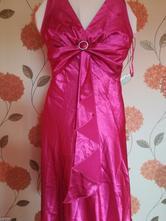 Cyklaménové šaty , 40