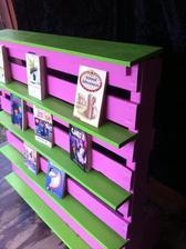 http://www.dumpaday.com/genius-ideas-2/amazing-uses-old-pallets-33-pics/