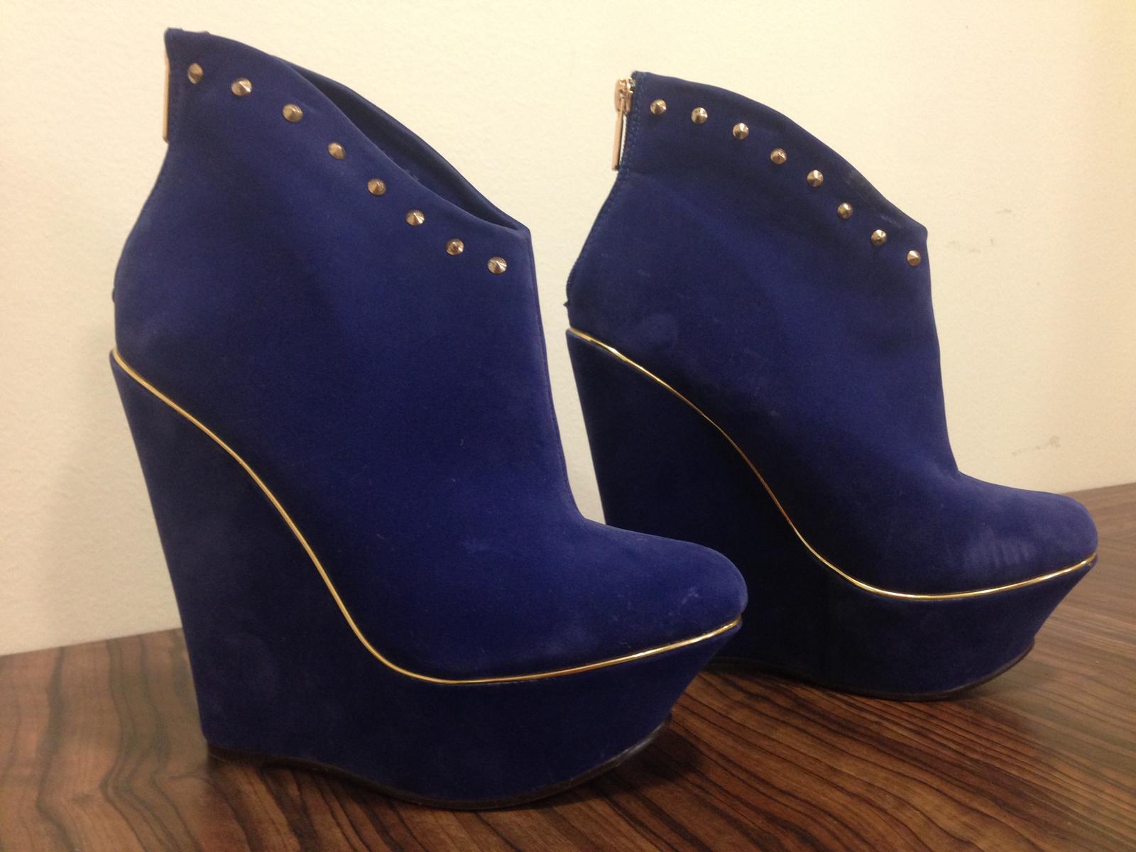 6d99c1d8053c2 Damske platformové topánky, 37 - 20 € od predávajúcej evicka1818   Detský  bazár   ModryKonik.sk