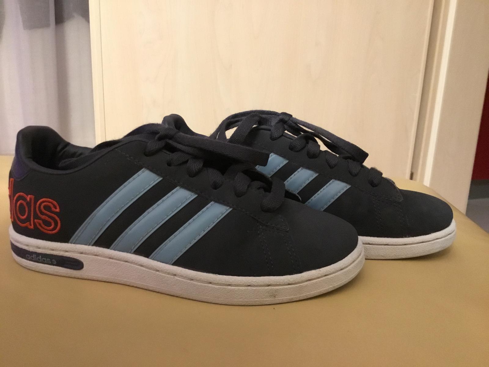 Skvelé ľahké botasky uk 1 379a167dfdd