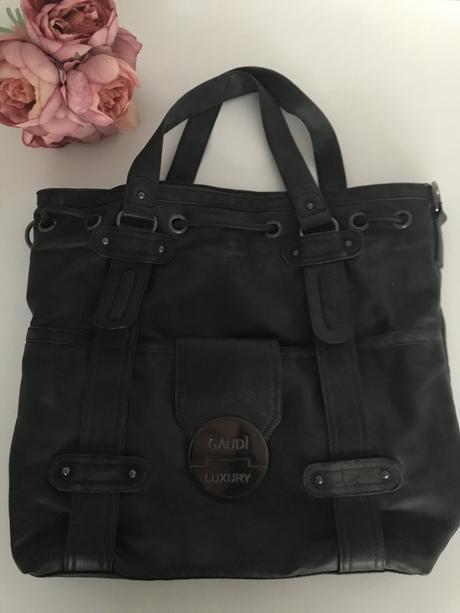 Čierna kabelka gaudi 875cd9a3404