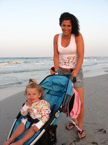 ..naša rvá prechádzka po pláži...