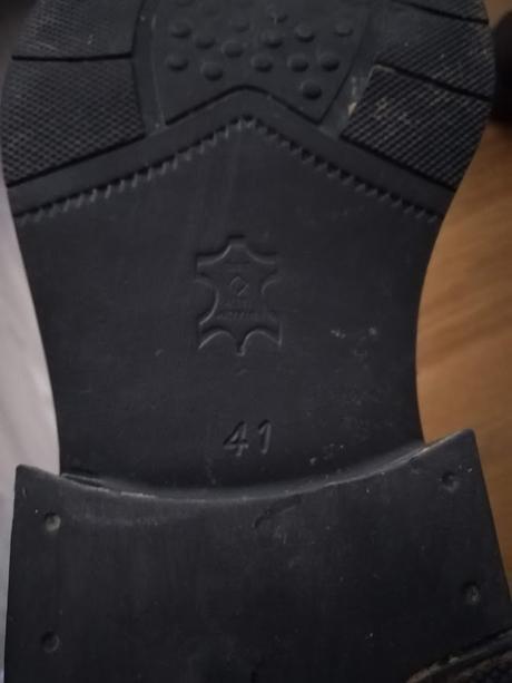 f06d54a9f0bc Kožené pánske elegantné topánky na zimu č. 41