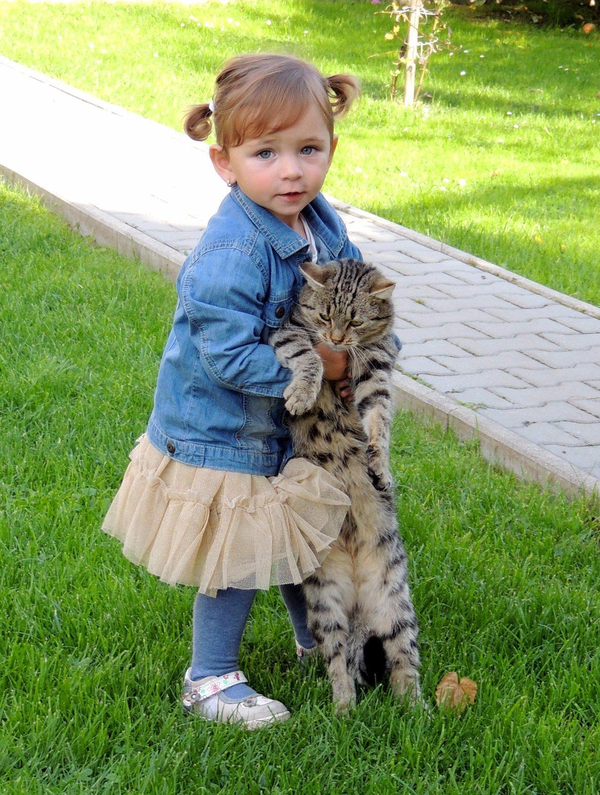 tesné amatérske Teen mačička