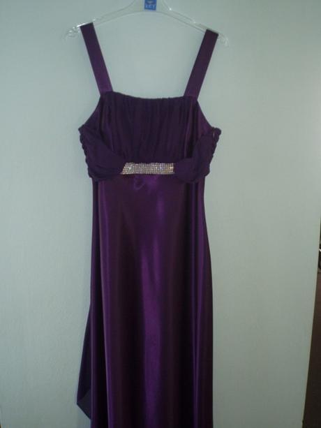 Fialove spoločenské šaty 72647ca5433