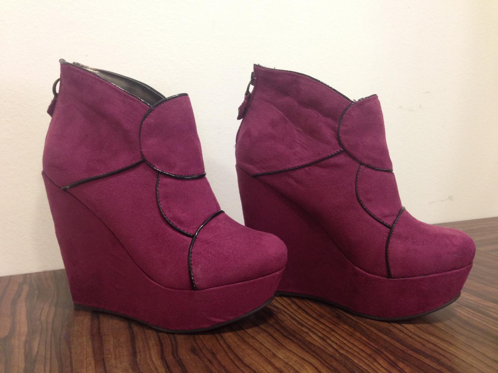 8181ed715b973 Dámske platformové topánky, 37 - 20 € od predávajúcej evicka1818   Detský  bazár   ModryKonik.sk