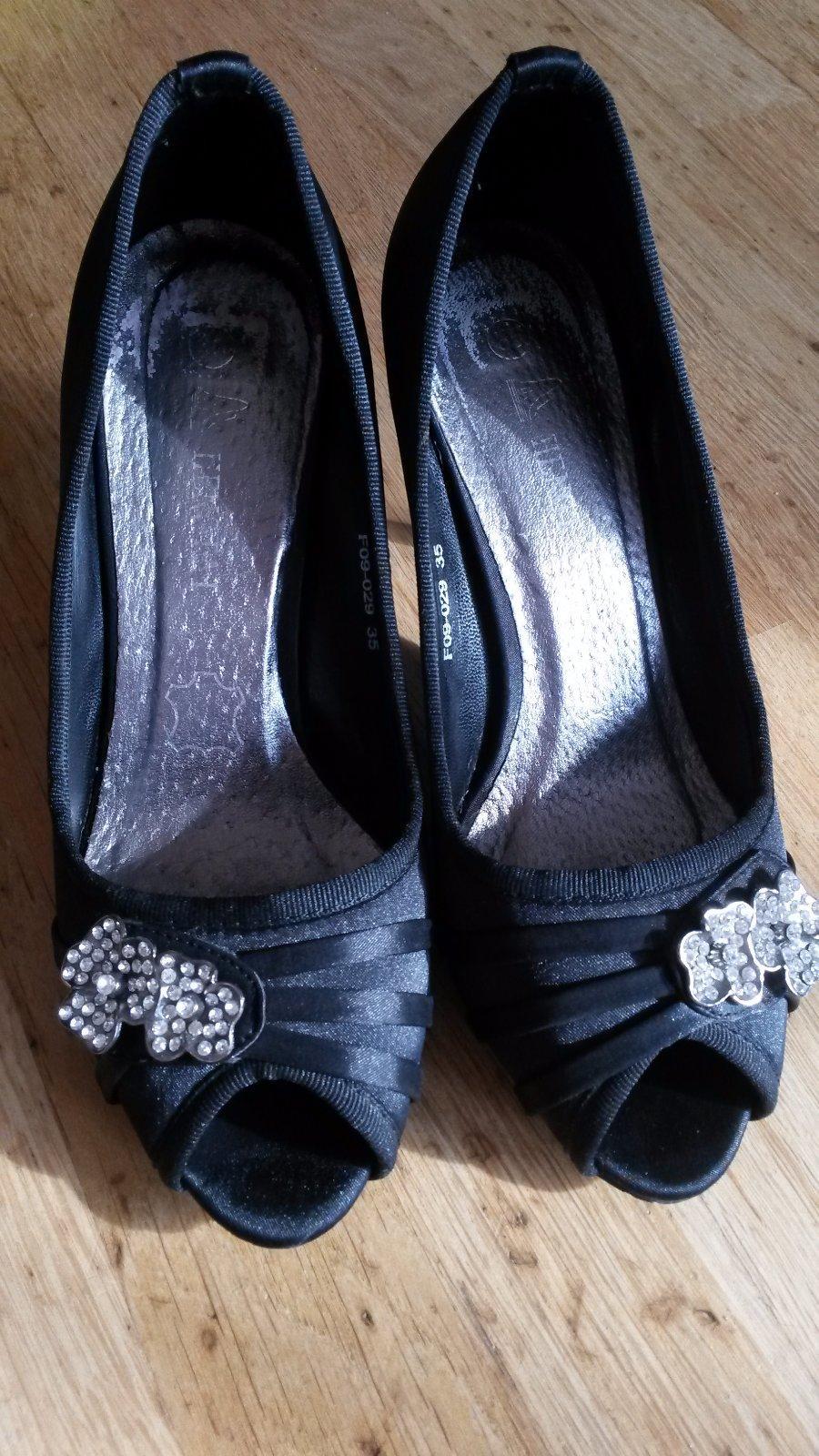 e0ffcae3bd Spoločenské topánky