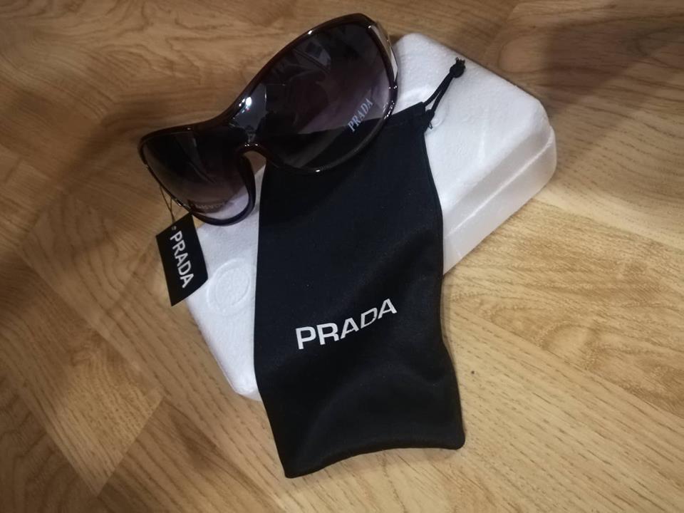 Značkové slnečné okuliare prada 1cf0905efe1