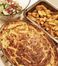 Zapečené bravčové rezne na cibuľke v tatarskej omačke